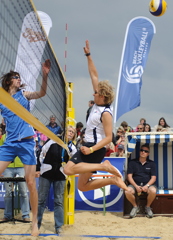 Beachvolleyball-Starcup 2011 /Netz Sprung weiß